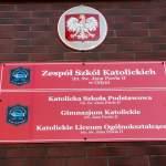 Oficjalne tablice